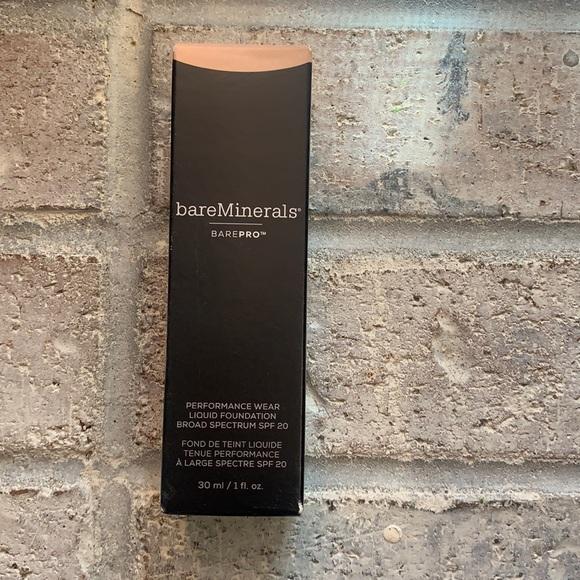 BAREMINERALS bare pro liquid foundation Natural 11